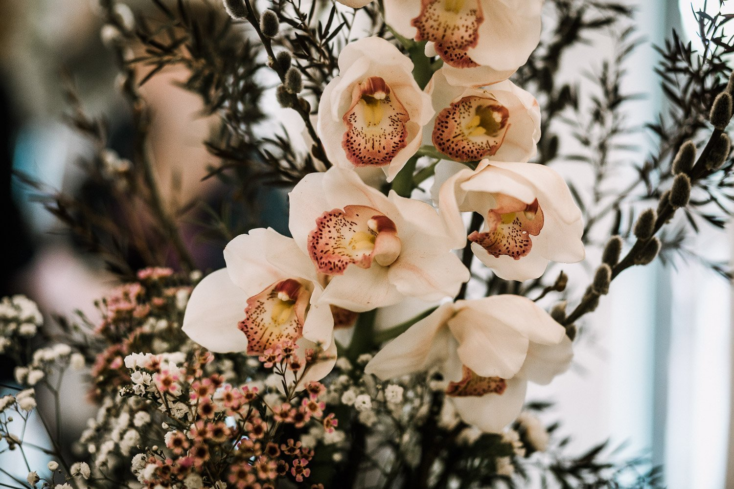 orchid beautiful wedding photography