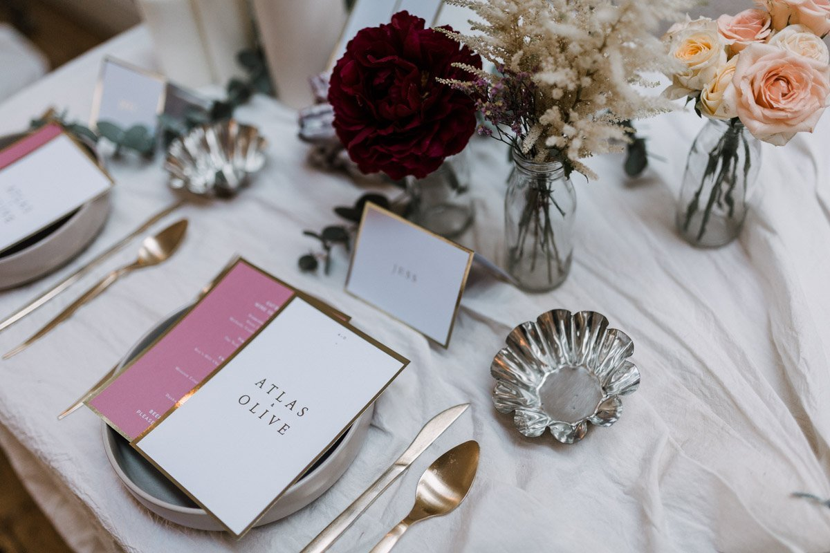 modern-wedding-inspiration-with-sleek-details-by-fern-and-stone-photography
