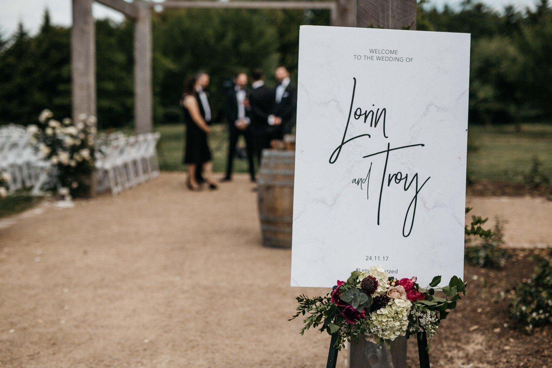 bride and groom Panton Vineyard wedding fern and sone photography red hill wedding wedding sign